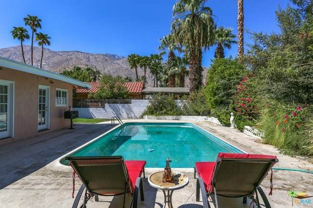 380 E Via Colusa, Palm Springs, CA 92262 (#20638438) :: Team Forss Realty Group