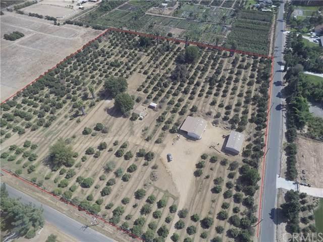 2481 John Street, Riverside, CA 92503 (MLS #EV20204718) :: Desert Area Homes For Sale