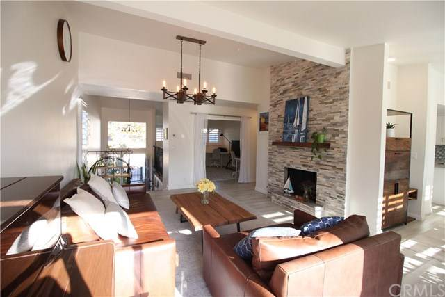2 Sycamore Lane, Rolling Hills Estates, CA 90274 (#OC20204563) :: The Najar Group