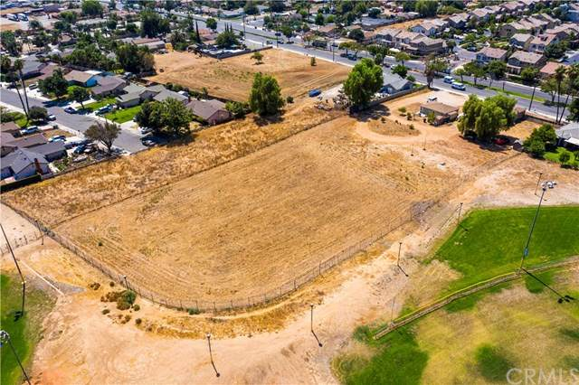 5189 La Sierra Avenue, Riverside, CA 92505 (#CV20204795) :: Hart Coastal Group