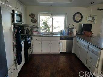 11562 1st Avenue, Hesperia, CA 92345 (#PW20205135) :: Hart Coastal Group
