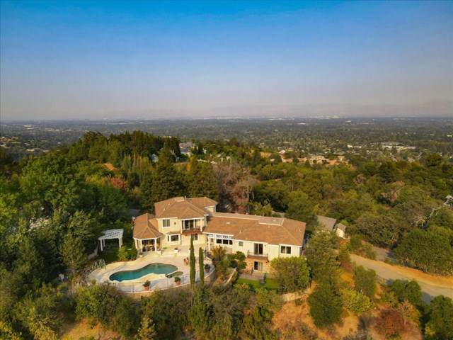 21441 Toll Gate Road, Saratoga, CA 95070 (#ML81813424) :: Cal American Realty