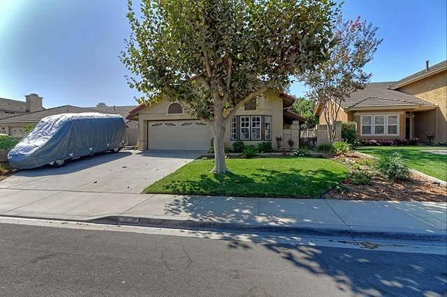 5452 Quailridge Dr Drive, Camarillo, CA 93012 (#V1-1650) :: The Najar Group