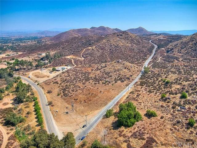 17 Acres Santa Rosa Mine, Perris, CA 92570 (#IG20206291) :: The Laffins Real Estate Team