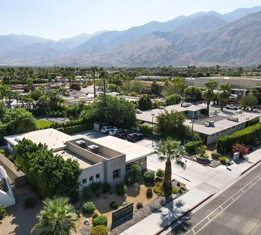 1921 Tahquitz Canyon Way, Palm Springs, CA 92262 (#219050707PS) :: TeamRobinson | RE/MAX One
