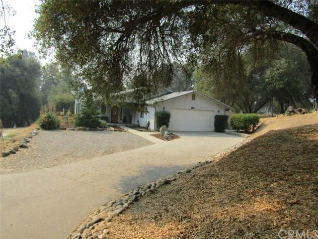 40298 Five Oaks Circle, Oakhurst, CA 93644 (#FR20207578) :: Zutila, Inc.