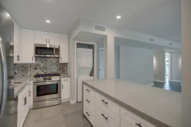 1150 E Palm Canyon Drive #17, Palm Springs, CA 92264 (#219050810PS) :: Crudo & Associates