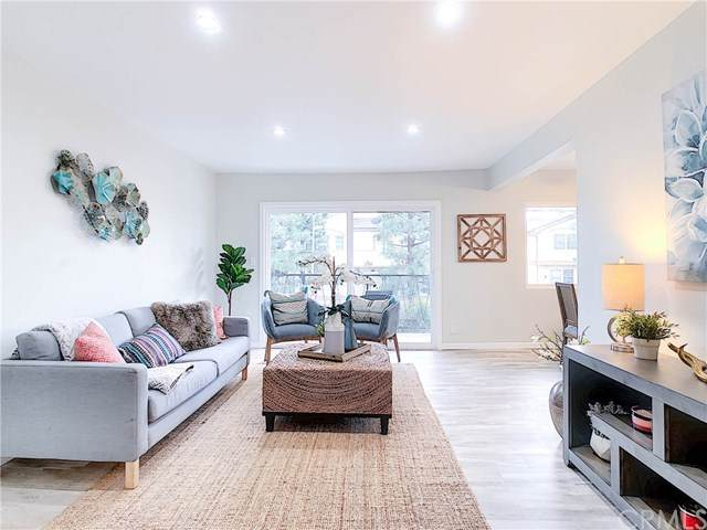 1041 W 252nd Street #6, Harbor City, CA 90710 (#PW20209157) :: The Parsons Team
