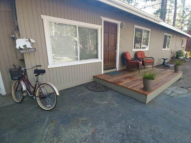 3033 Fresno Avenue, South Lake Tahoe, CA 96150 (#ML81814230) :: Blake Cory Home Selling Team
