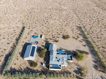 6175 Colaw Road, 29 Palms, CA 92277 (#JT20207356) :: RE/MAX Masters