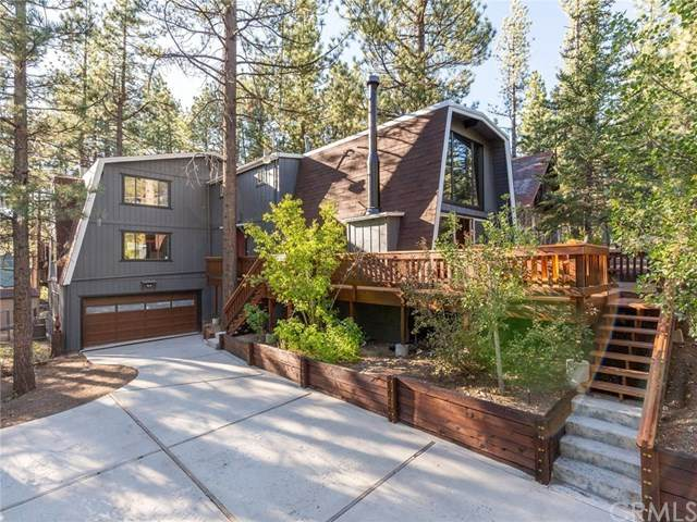 368 Santa Clara Boulevard, Big Bear, CA 92315 (#EV20209998) :: The Miller Group