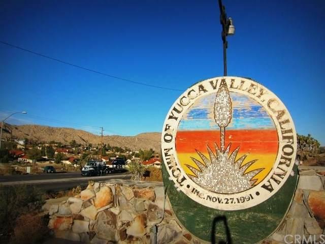 55685 Navajo, Yucca Valley, CA 92284 (#JT20212032) :: Mainstreet Realtors®