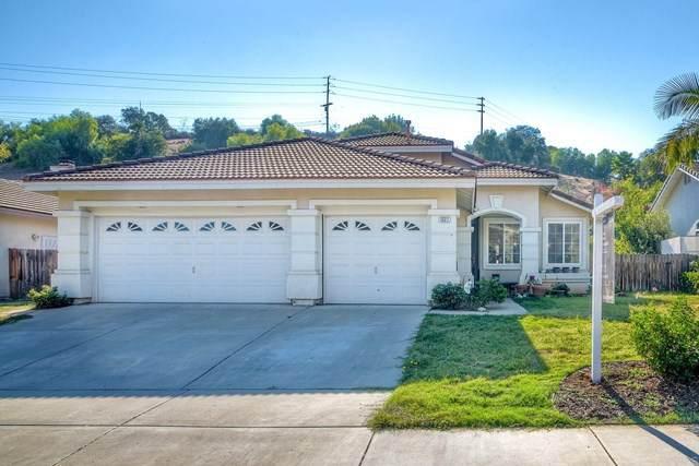 1327 Bernardo Ave, Escondido, CA 92029 (#NDP2001021) :: Zutila, Inc.