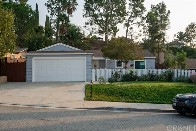 19622 Crystal Springs Court, Newhall, CA 91321 (#SR20212256) :: Re/Max Top Producers