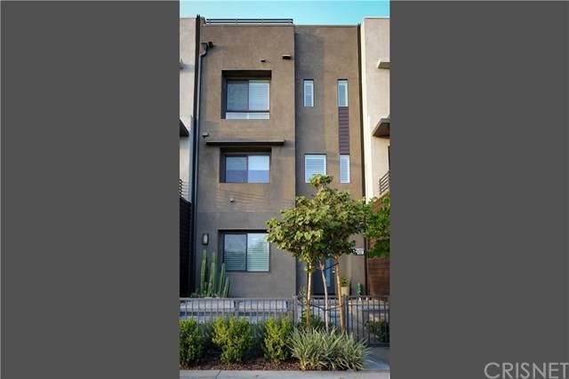13137 Victory Boulevard, Valley Glen, CA 91401 (#SR20207687) :: Z Team OC Real Estate