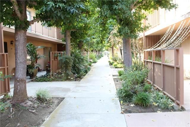 14903 S Normandie Avenue #105, Gardena, CA 90247 (#SW20205724) :: Team Forss Realty Group