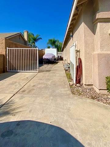 1351 Plumwood Lane, Mentone, CA 92359 (#EV20214019) :: Veronica Encinas Team