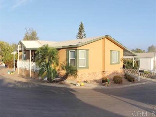 525 W El Norte West Parkway W #201, Escondido, CA 92026 (#NDP2001133) :: RE/MAX Empire Properties