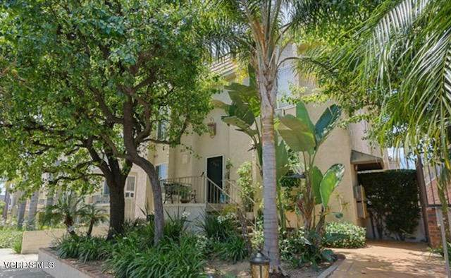 1325 Wellesley Avenue #104, Los Angeles (City), CA 90025 (#220010374) :: RE/MAX Masters
