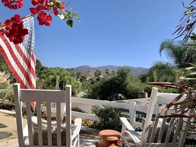553 Rancho, Escondido, CA 92026 (#NDP2001174) :: eXp Realty of California Inc.