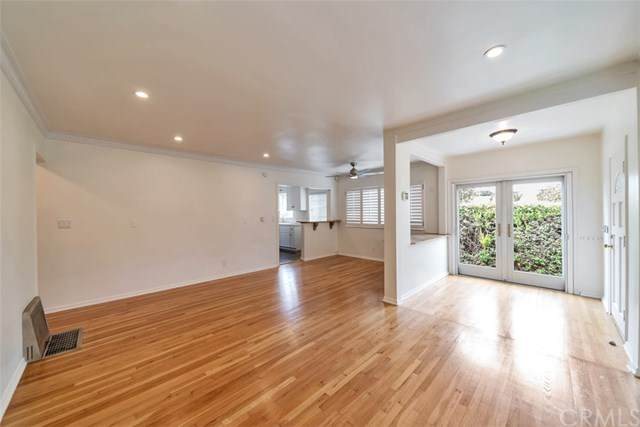 3408 Pearl Street, Santa Monica, CA 90405 (#MB20214047) :: The Parsons Team