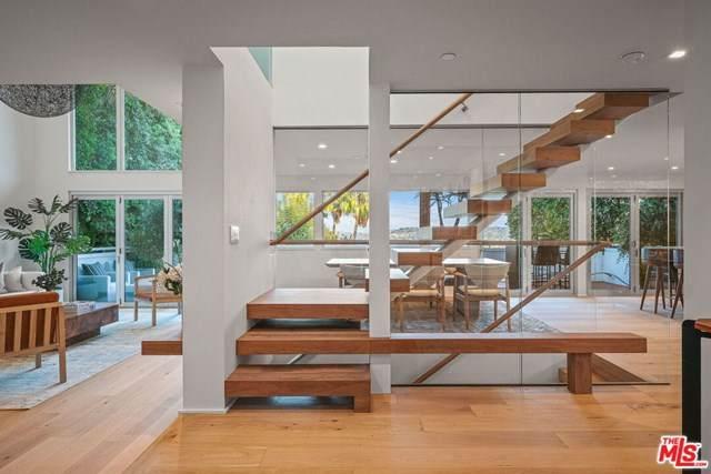 3576 Lowry Road, Los Angeles (City), CA 90027 (#20646182) :: RE/MAX Empire Properties