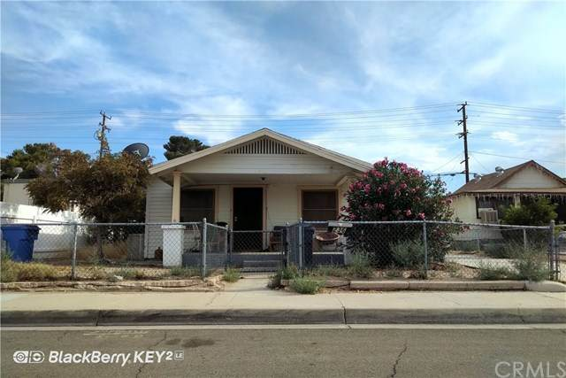 236 E Williams Street, Barstow, CA 92311 (#DW20216247) :: Crudo & Associates