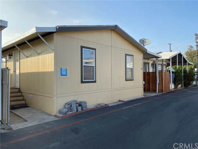 7560 Woodman Place #26, Van Nuys, CA 91405 (#DW20216494) :: RE/MAX Empire Properties
