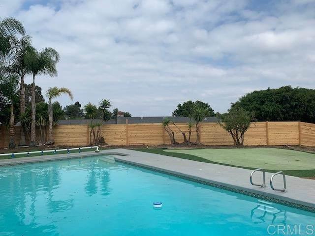 2142 California Street, Oceanside, CA 92054 (#NDP2001256) :: Veronica Encinas Team