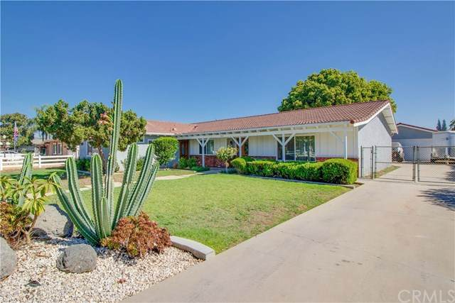 3325 Ranch Road, Norco, CA 92860 (#CV20216434) :: Arzuman Brothers