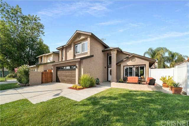 27603 Hartford Avenue, Castaic, CA 91384 (#SR20216685) :: The Parsons Team