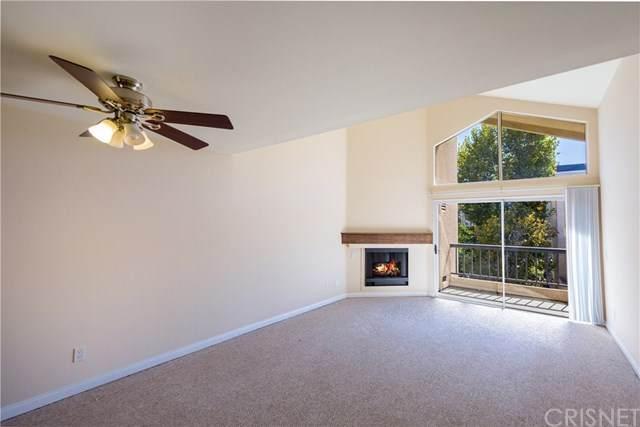 5540 Owensmouth Avenue #316, Woodland Hills, CA 91367 (#SR20215785) :: TeamRobinson | RE/MAX One