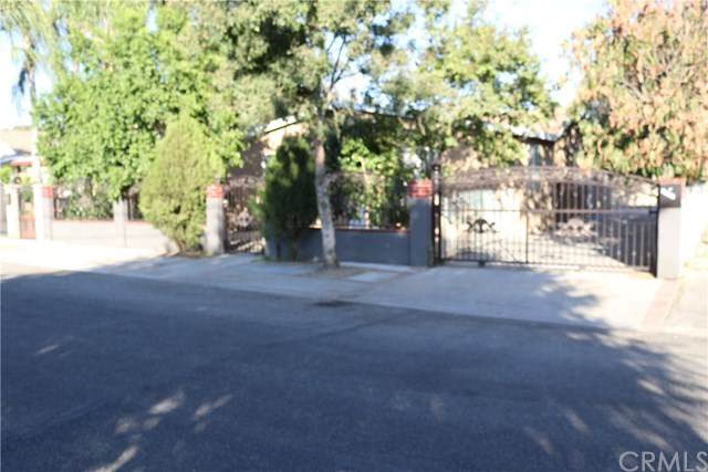 10069 Olive Street, Bloomington, CA 92316 (#MB20217391) :: RE/MAX Empire Properties