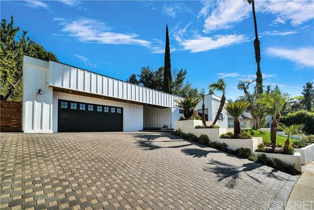 18012 Medley Drive, Encino, CA 91316 (#SR20214434) :: The Veléz Team