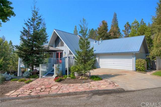 55499 Lake Point Drive, Bass Lake, CA 93604 (#FR20217756) :: Twiss Realty