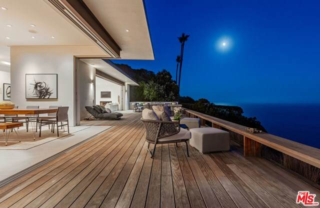 https://bt-photos.global.ssl.fastly.net/socal/orig_boomver_1_364826556-1.jpg