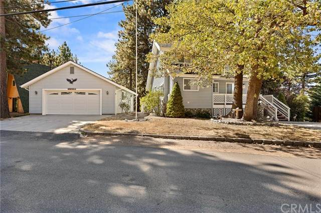 31417 Lightfoot Way, Running Springs, CA 92382 (#EV20218171) :: RE/MAX Empire Properties