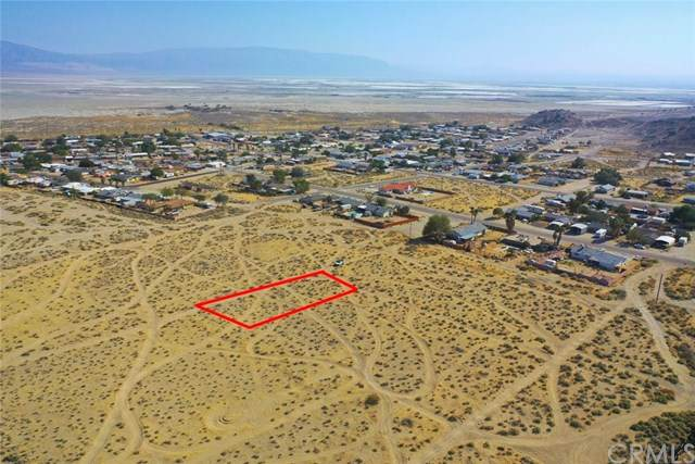 1 Elm Street, Trona, CA 93562 (#OC20218197) :: RE/MAX Empire Properties