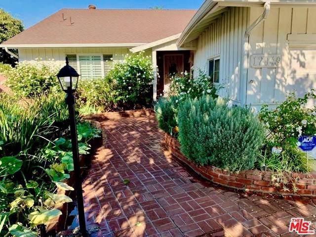 17949 Archwood Street, Reseda, CA 91335 (#20647380) :: eXp Realty of California Inc.