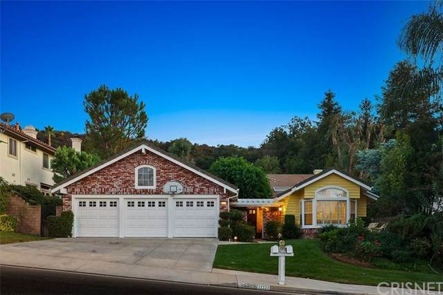22222 Via Leonardo, Calabasas, CA 91302 (#SR20218174) :: TeamRobinson | RE/MAX One