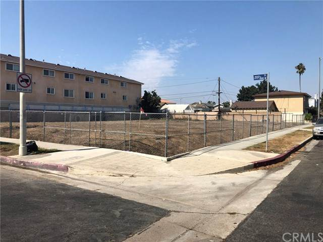1503 W 207th Street, Torrance, CA 90501 (#SB20218521) :: The Results Group