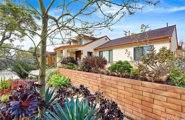 2049 Fidler Avenue, Long Beach, CA 90815 (#PW20217672) :: Arzuman Brothers