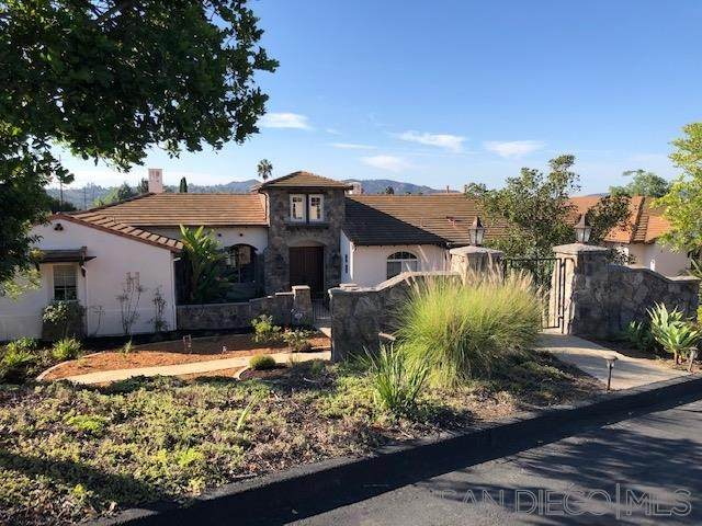 13675 Antelope Station, Poway, CA 92064 (#200048823) :: The Results Group