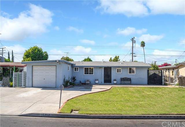 5217 N Hyacinth Avenue, Azusa, CA 91702 (#CV20216466) :: The Parsons Team