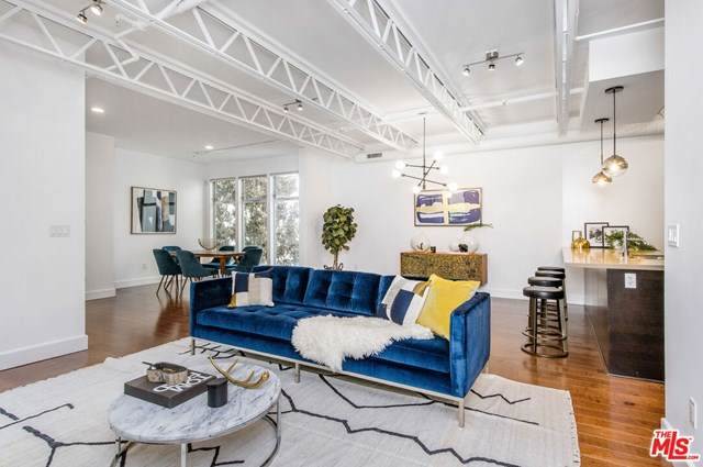 1250 N Harper Avenue #412, West Hollywood, CA 90046 (#20647214) :: Powerhouse Real Estate