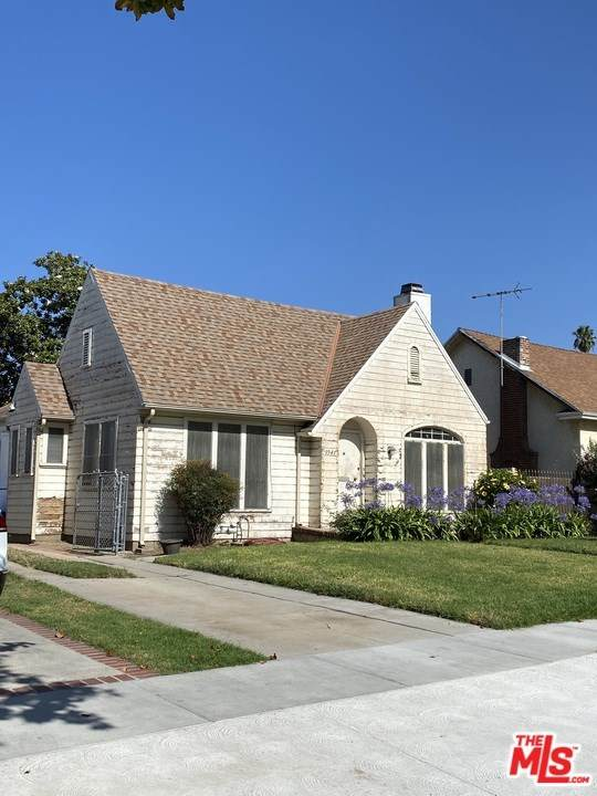 1941 N New Hampshire Avenue, Los Angeles (City), CA 90027 (#20647428) :: RE/MAX Masters