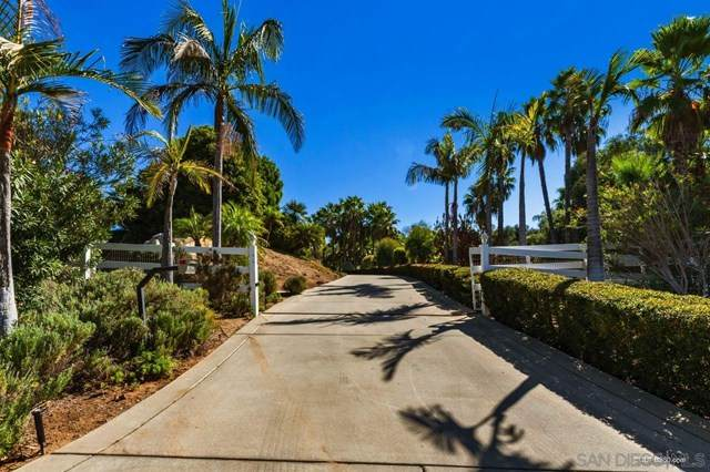 2004 Mil Sorpresas Dr, 92028 - Fallbrook, CA 92028 (#200048974) :: TeamRobinson | RE/MAX One