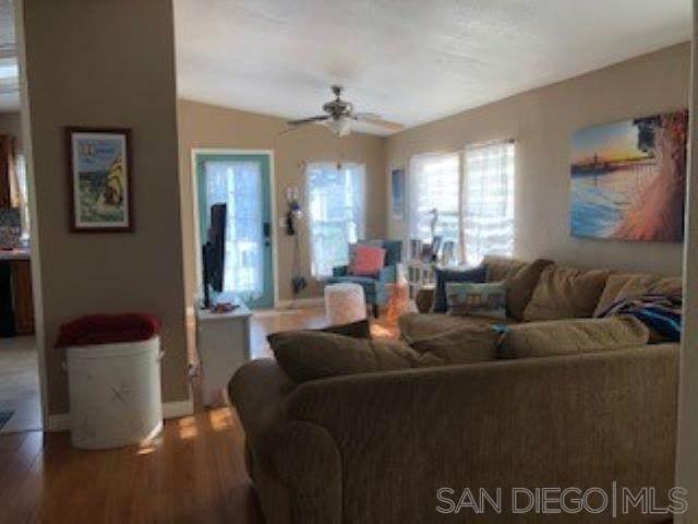 1684 Whittier Ave Spc 33, Costa Mesa, CA 92627 (#200048978) :: TeamRobinson | RE/MAX One