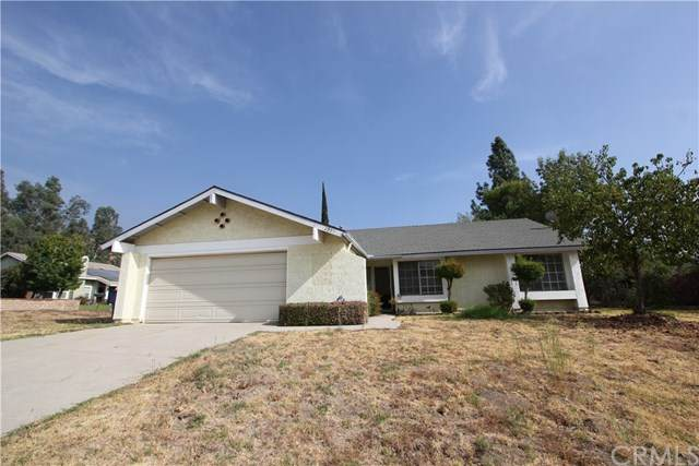 2995 La Verne Avenue, Highland, CA 92346 (#DW20219699) :: The Results Group