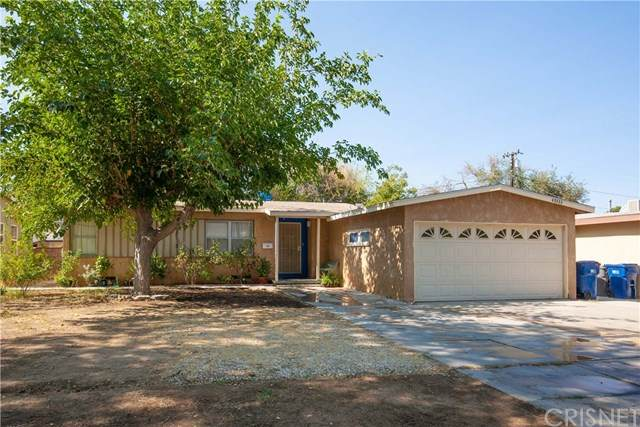 45333 11th Street W, Lancaster, CA 93534 (#SR20220131) :: The Results Group